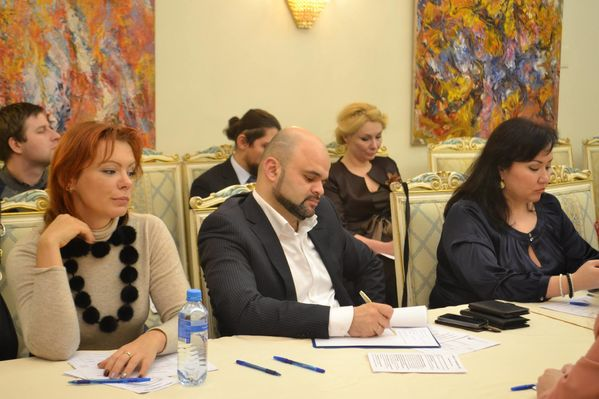 властью Социальные юристы в москве опоздал,-- проговорил